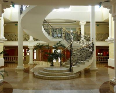 2 hotel